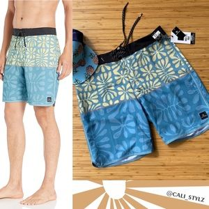 🔷🔹 RIP CURL MIRAGE SALTWATER BOARD SHORTS 🔹🔷